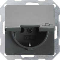 Розетка с заземляющими контактами 16 A, 250 В~ с откидной крышкой