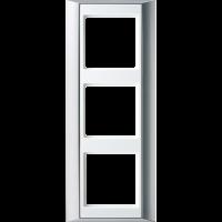 JUNG Рамка 3-кратная для серии Aplus; алюминий-белый